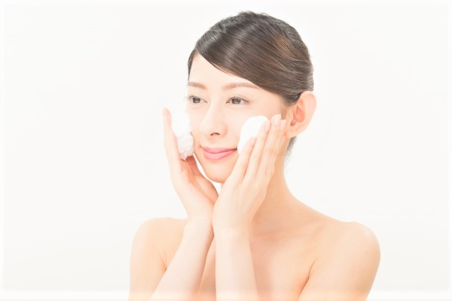 美容 女性 洗顔 スキンケア